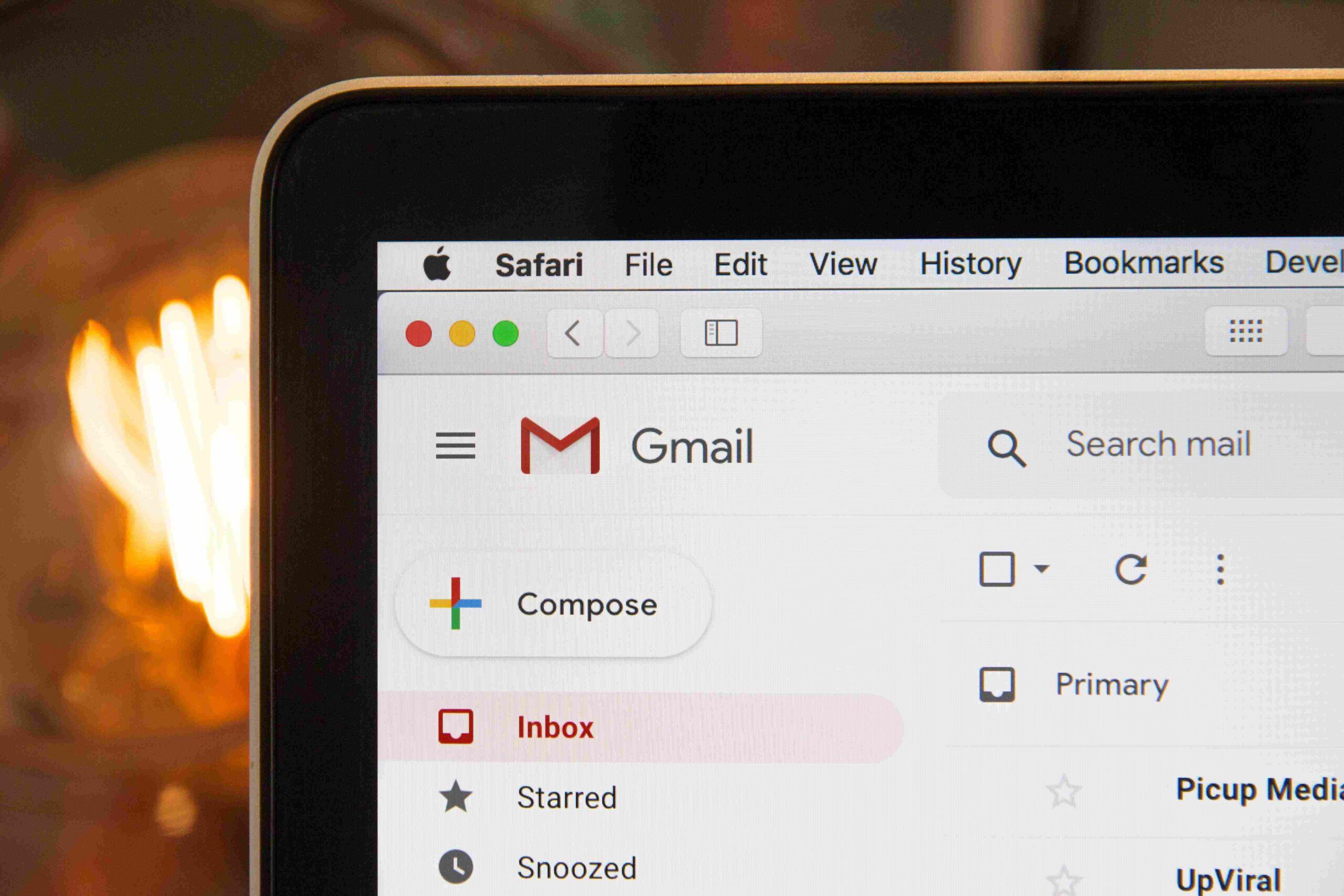 Test A/B y optimización de emails para B2B